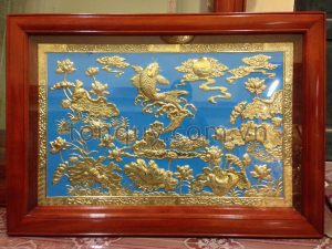 Tranh Cá Chép Ao Sen Mạ Vàng 24k